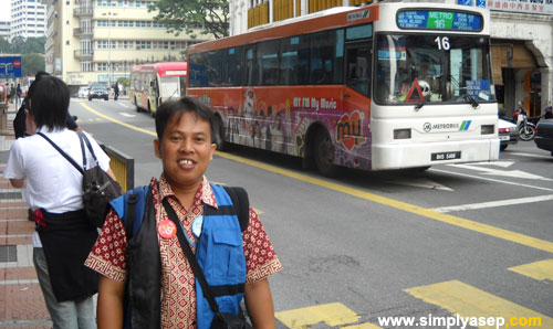 Me in Kuala Lumpur 2009. Do you know the nane of this street?