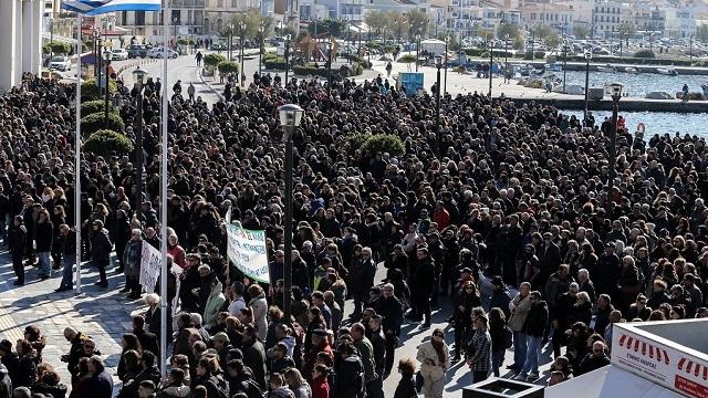 Προσφυγικό: Γενική απεργία στα νησιά του βορείου Αιγαίου
