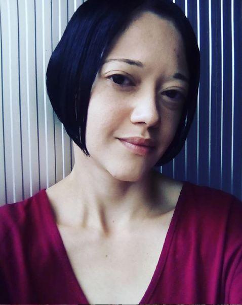 Escritora de Juquiá publica livro de poesia