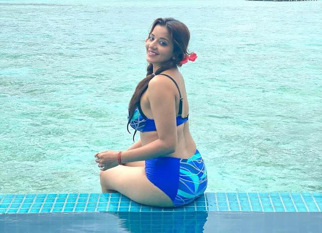 Bhojpuri Actress Monalisa is Raising Her Hotness Quotient in Bikini