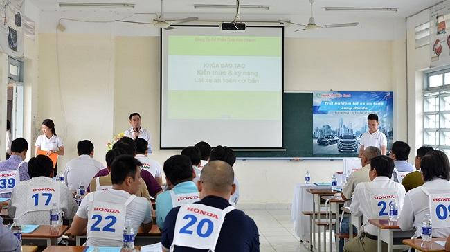 Honda Việt Nam tích cực đào tạo lái xe an toàn