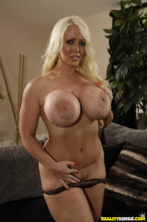 Alura Jenson : Putting Her Thickness On Display ## REALITY KING