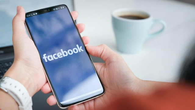 فيسبوك سيحذرك عند مشاركة المقالات القديمة