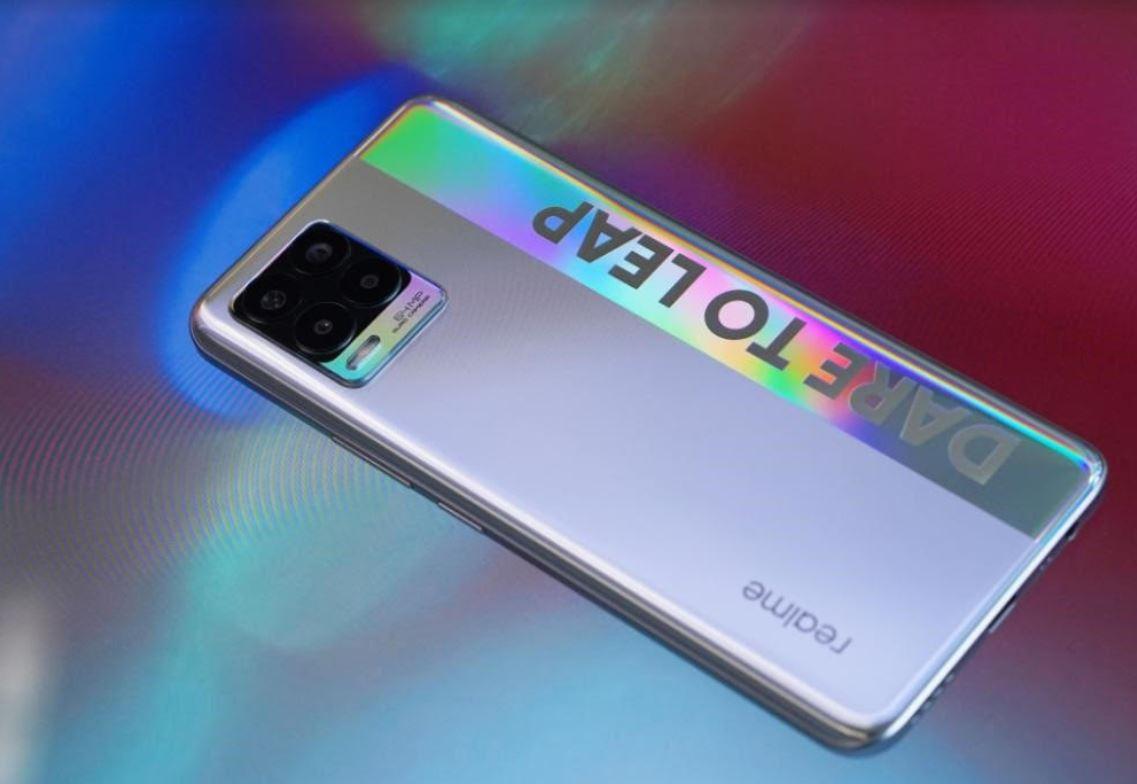 Unboxing Realme 8 dengan Kamera 108MP, Apa Saja yang Ada Dalam Paket Pembelian?