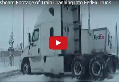 خبر عاجل شاهد كيف اصطدم قطار بشاحنة فقسمها إلى نصفين... لن تتخيل ماذا وقع لسائق فيديو صادم