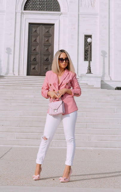 pink blazer, pink pumps and pink bag