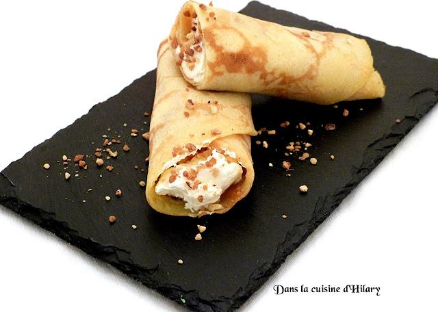 Crêpes roulés au caramel beurre salé, chantilly mascarpone et pralin croquant
