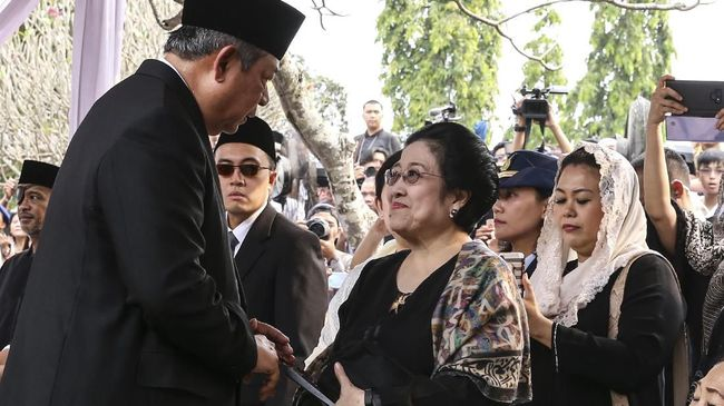 Ungkap-Alasan-PDIP-Ogah-Koalisi-dengan-Demokrat-Andi-Arief-Ya-karena-Megawati-2-Kali-Kalah-dari-SBY