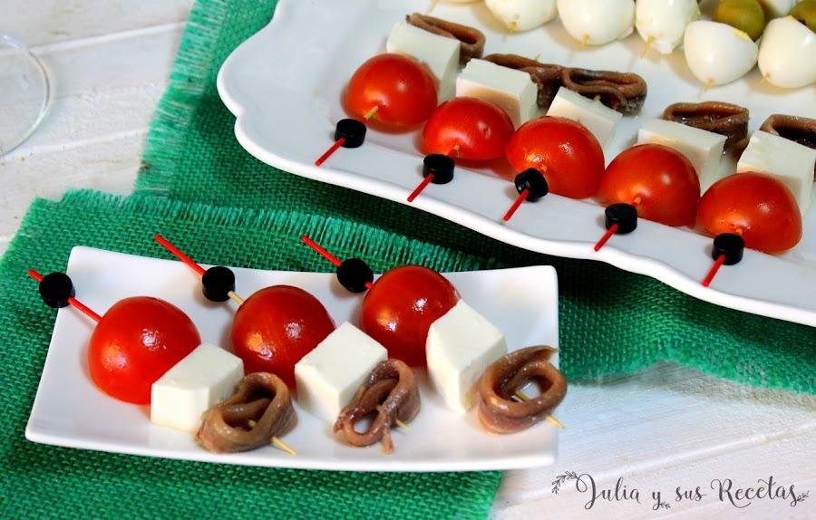 Pincho de queso, tomatito y anchoa. Julia y sus recetas