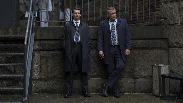 Jonathan Groff y Holt McCallany en 'Mindhunter'
