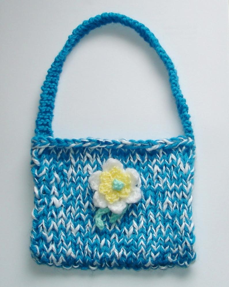 Marianna\'s Lazy Daisy Days: Sweet Little Purse Bag