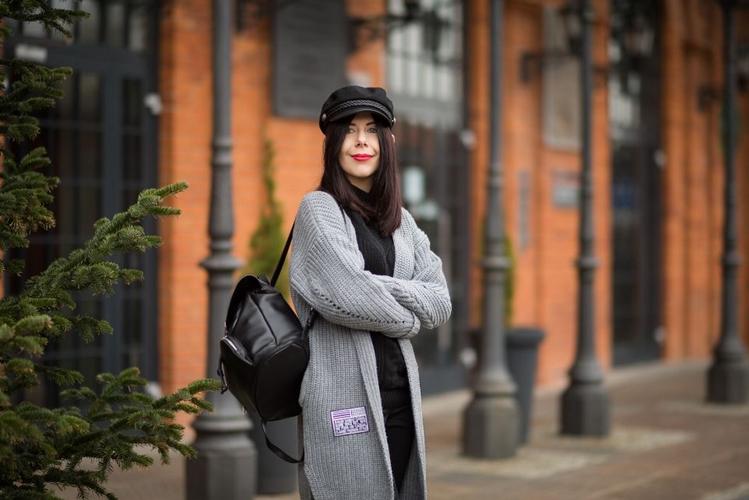 jak-nosić-sweter-z-naszywkami-blog-modowy-stylizacje