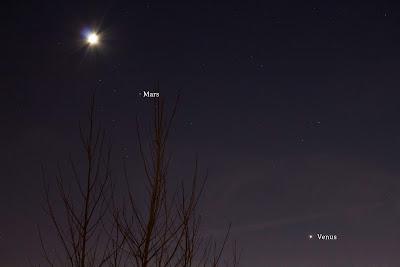mars venus and crescent moon long exposure