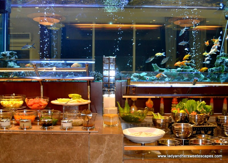 dinner buffet at Oceanic Hotel Khorfakkan
