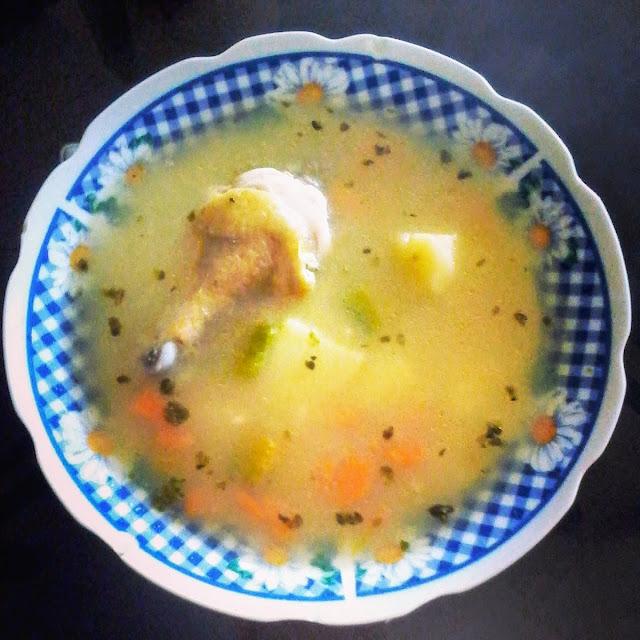 aguadito de pollo peruano