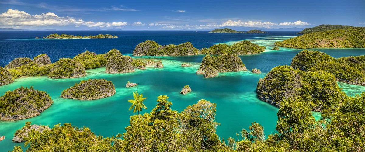 Kepulauan Raja Ampat - 10 Rekomendasi Tempat Bulan Madu Romantis