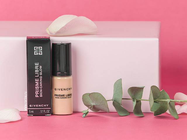 Givenchy Prisme Libre Skin-Caring Glow Ухаживающее тональное средство-флюид: отзывы с фото