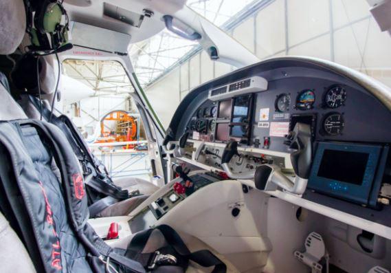 Evektor EV-55 Outback cockpit