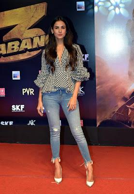 Sonal Chauhan at Dabangg 3 Premiere HeyAndhra.com