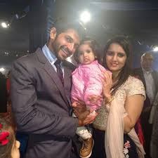 Ankur Nayyar Family Wife Son Daughter Father Mother Age Height Biography Profile Wedding Photos