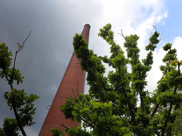 Wieża / komin (?)