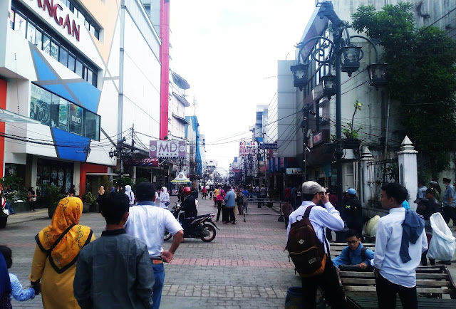 Wisata Menarik Alun Alun Kota Bandung dan sekitarnya