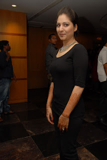 gowri munjal latest Pictures at cc cup 2012 002.jpg