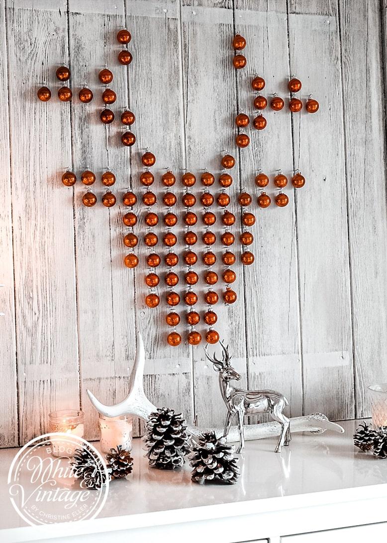 XMAS-DIY Hirschbild aus Christbaumkugeln selber machen