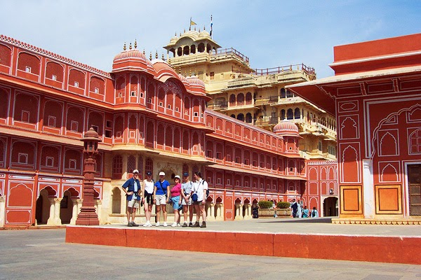 palaces in jaipur