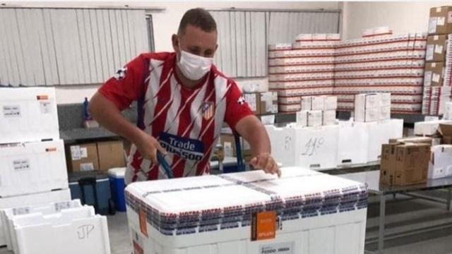 Paraíba recebe novas doses da vacina Coronavac; distribuição acontece neste domingo