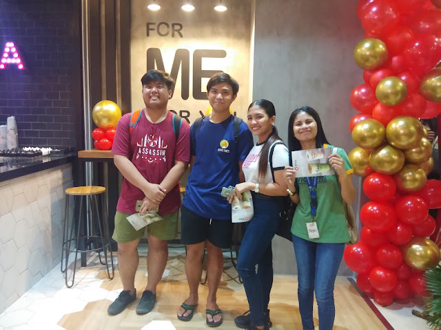 first customers at Macao Imperial Tea SM City Masinag