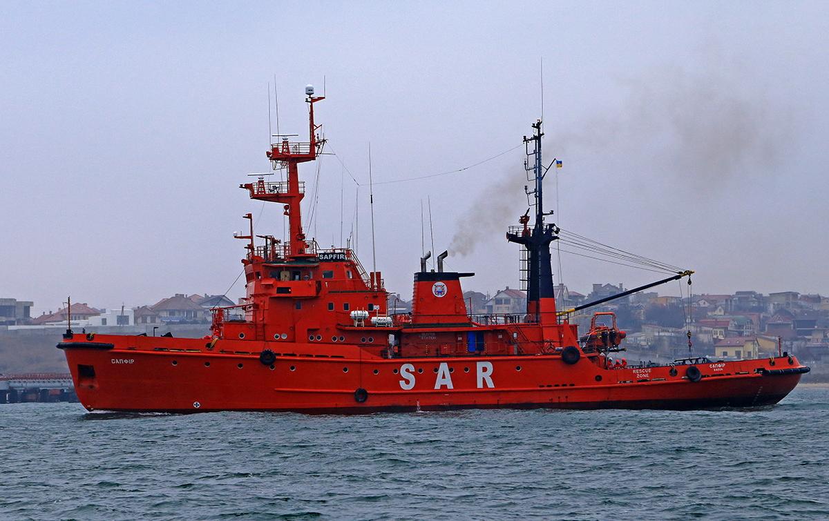 Захоплені росіянами кораблі повернуть Україні