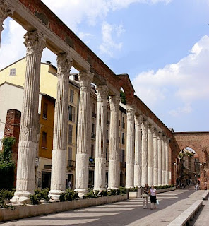 The Roman columns in front of the Basilica of San Lorenzo is the best known Roman relic in Milan