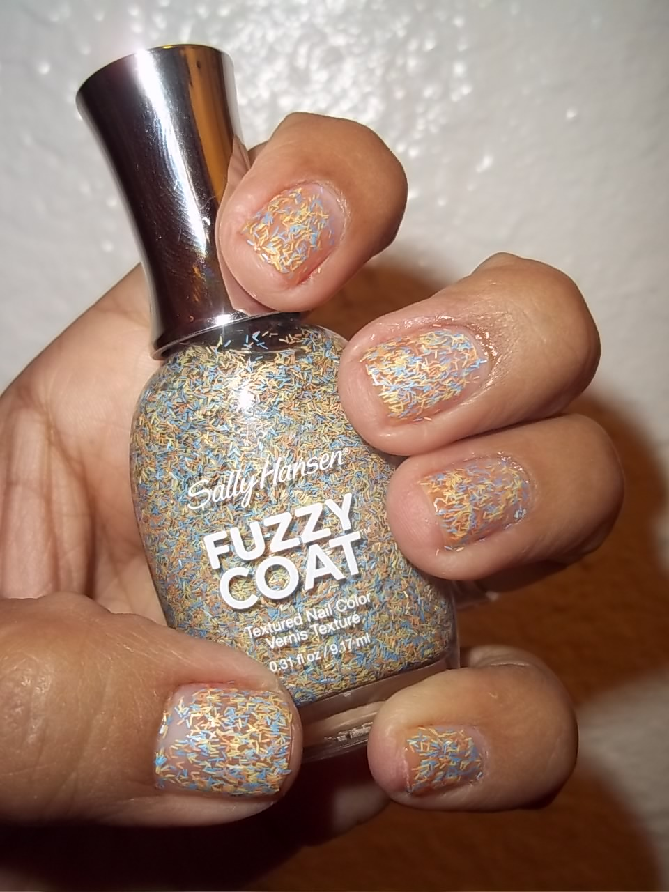 BeautyHunter: NOTD/REVIEW:NEW Sally Hansen Fuzzy Coat Nail ...