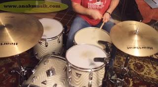 15 Drummer Terbaik Dunia Sepanjang Masa