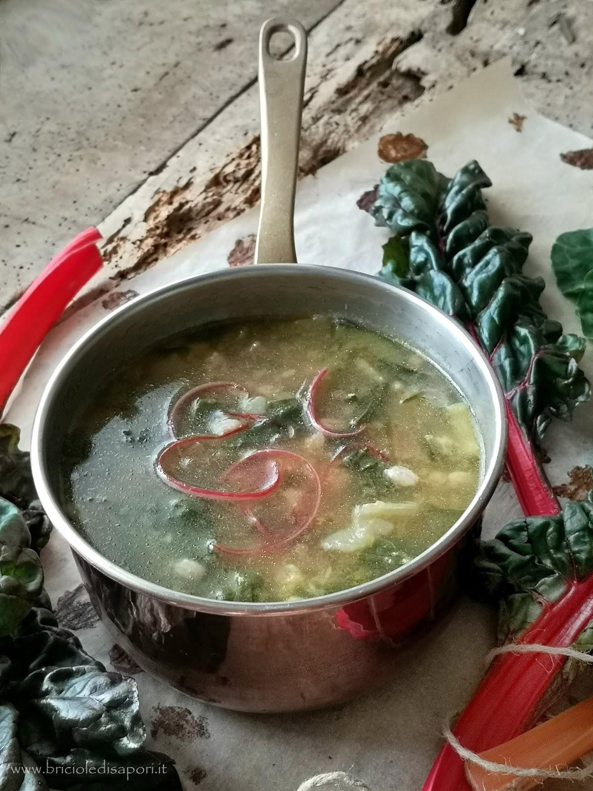 minestra con bietole colorate orzo patate e zucchine