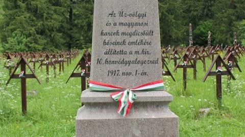 Úzvölgye: zászlórudakkal verték a magyarokat