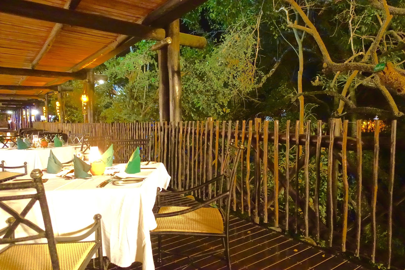 outdoor dining at hotel protea kruger gate