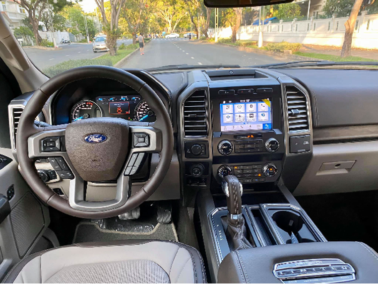 Chi tiết siêu bán tải Ford F-150 Limited hơn 4 tỷ tại Việt Nam