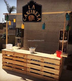 bar para hostel hecho con pallets