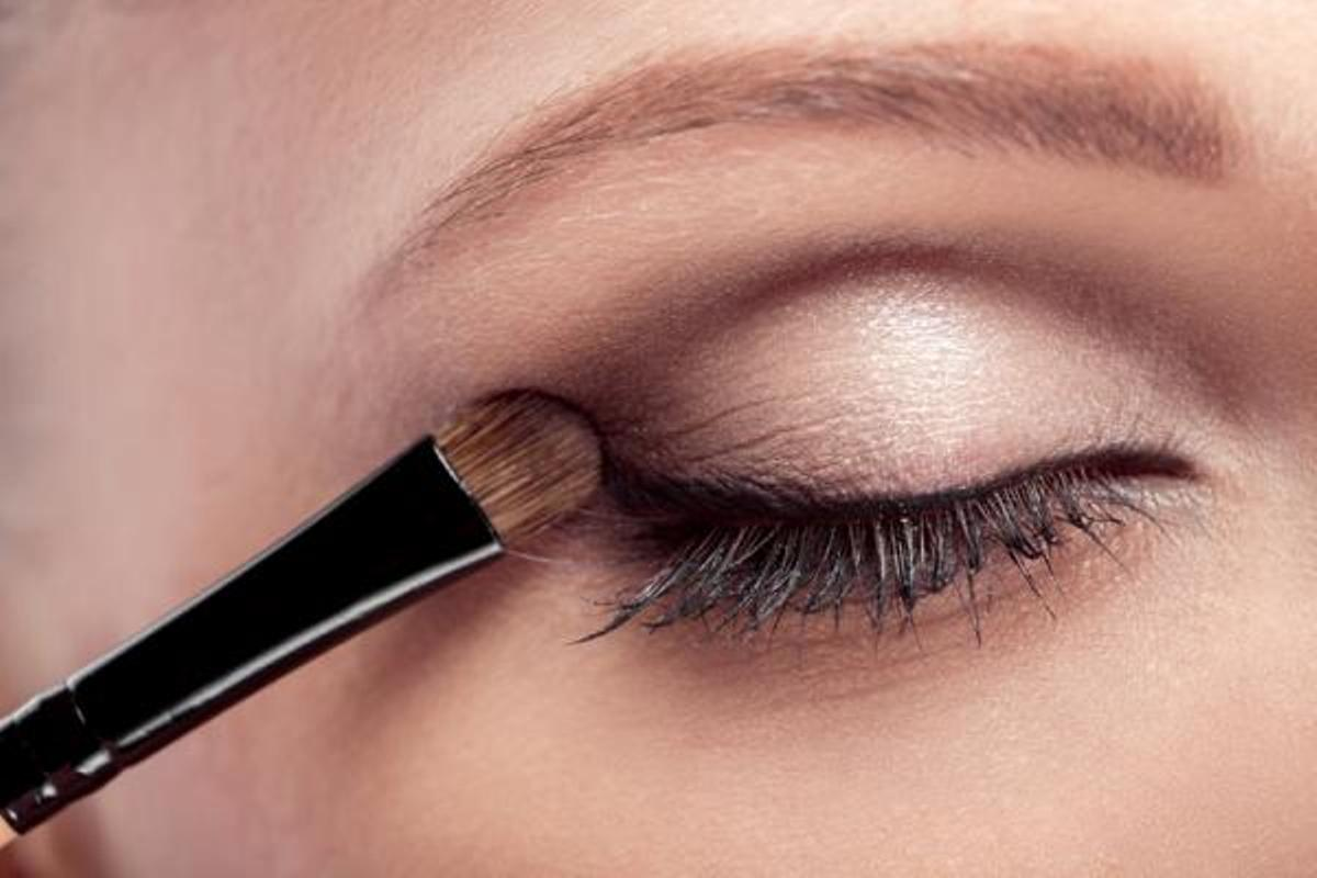Eyeliner with shadow