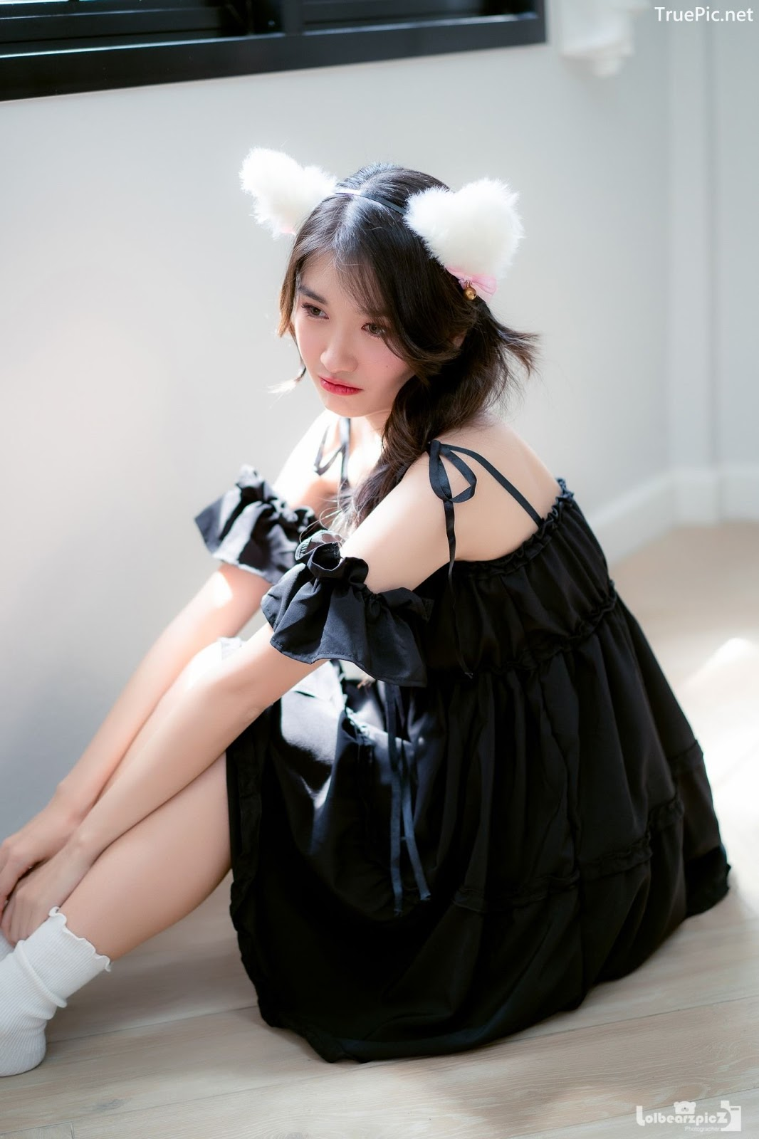 Image Thailand Model - Yatawee Limsiripothong - Busy Day of The Black Cat - TruePic.net - Picture-2