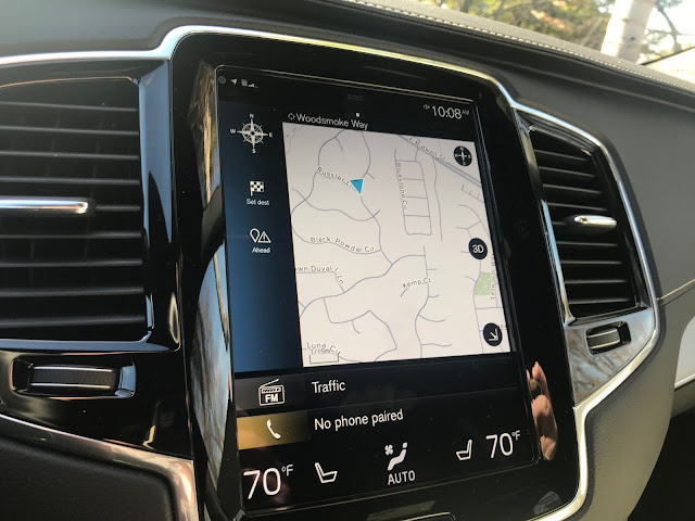 Infotainment screen in 2020 Volvo XC90 T6 R-Design