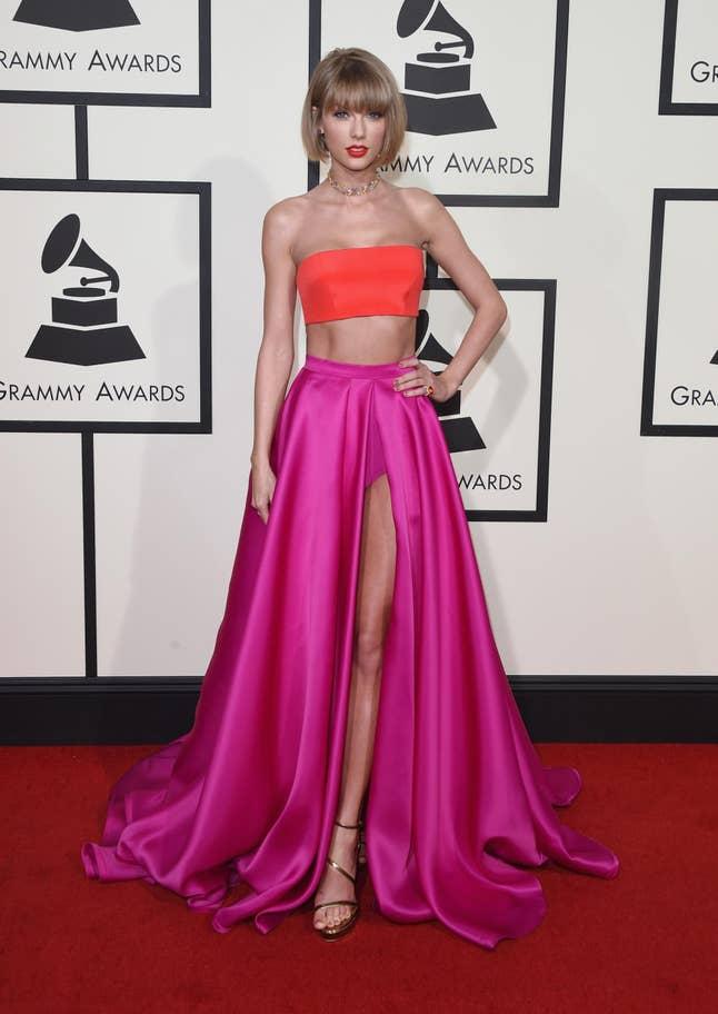 Taylor Swift (2016).