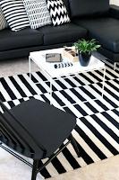 tapete listrado preto e branco