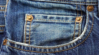 Terkuak Misteri Fungsi Kantong Ekstra Mungil di jeans  Dan 10 Cara Merawat Celana Jeans