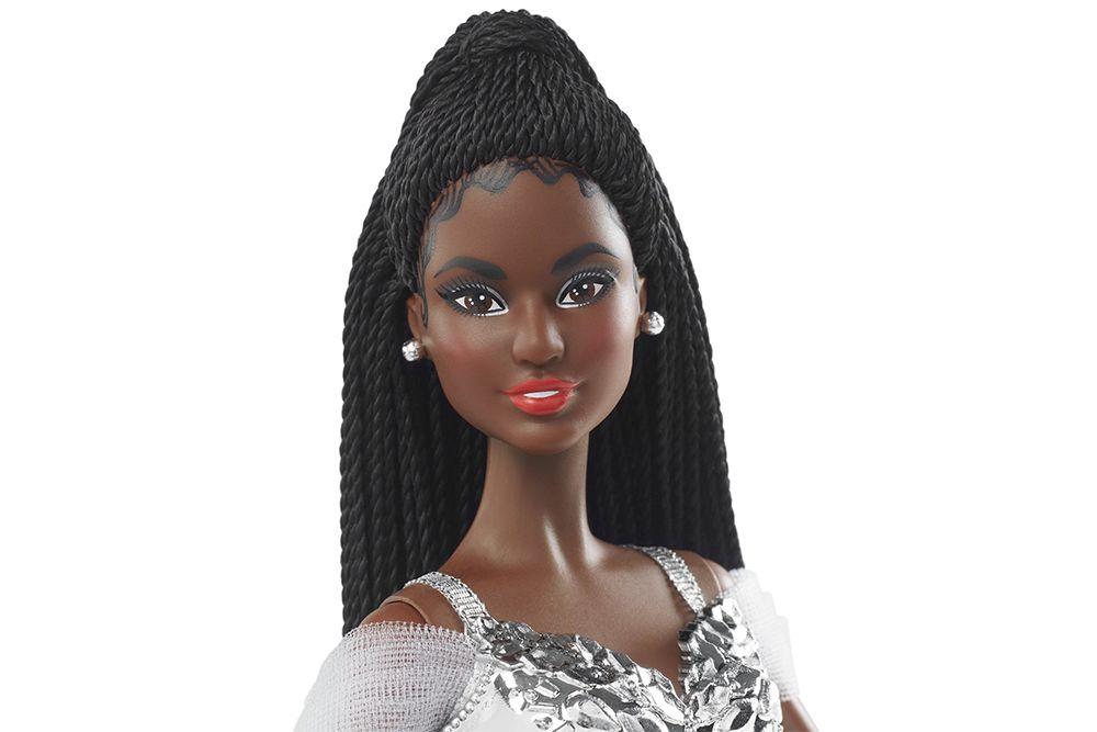 Кукла африканка Barbie Happy Holiday 2021