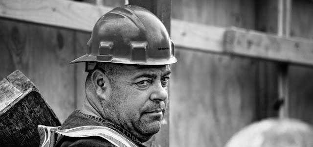 Trabajador y relaciones laborales