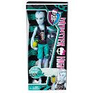 """Monster High Gillington """"Gil"""" Webber Skull Shores Doll"""
