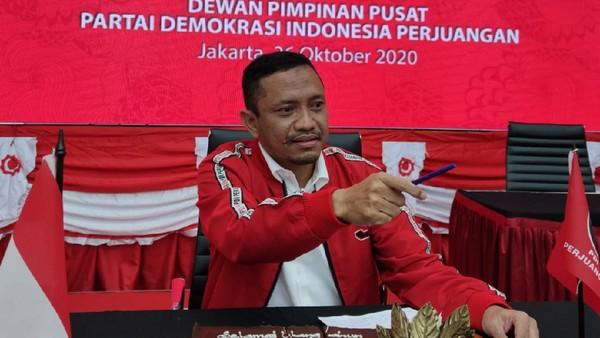 Anggota DPR Kritik Keras Anies soal Kerumunan Pasar Tanah Abang!